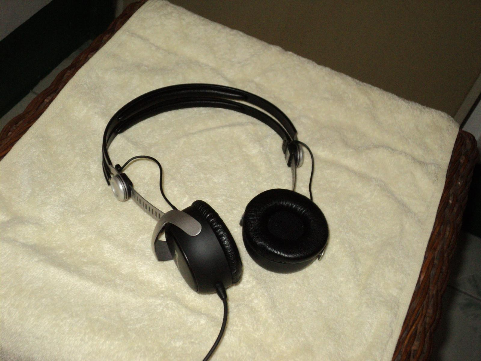 Beyerdynamic DT135 headphone