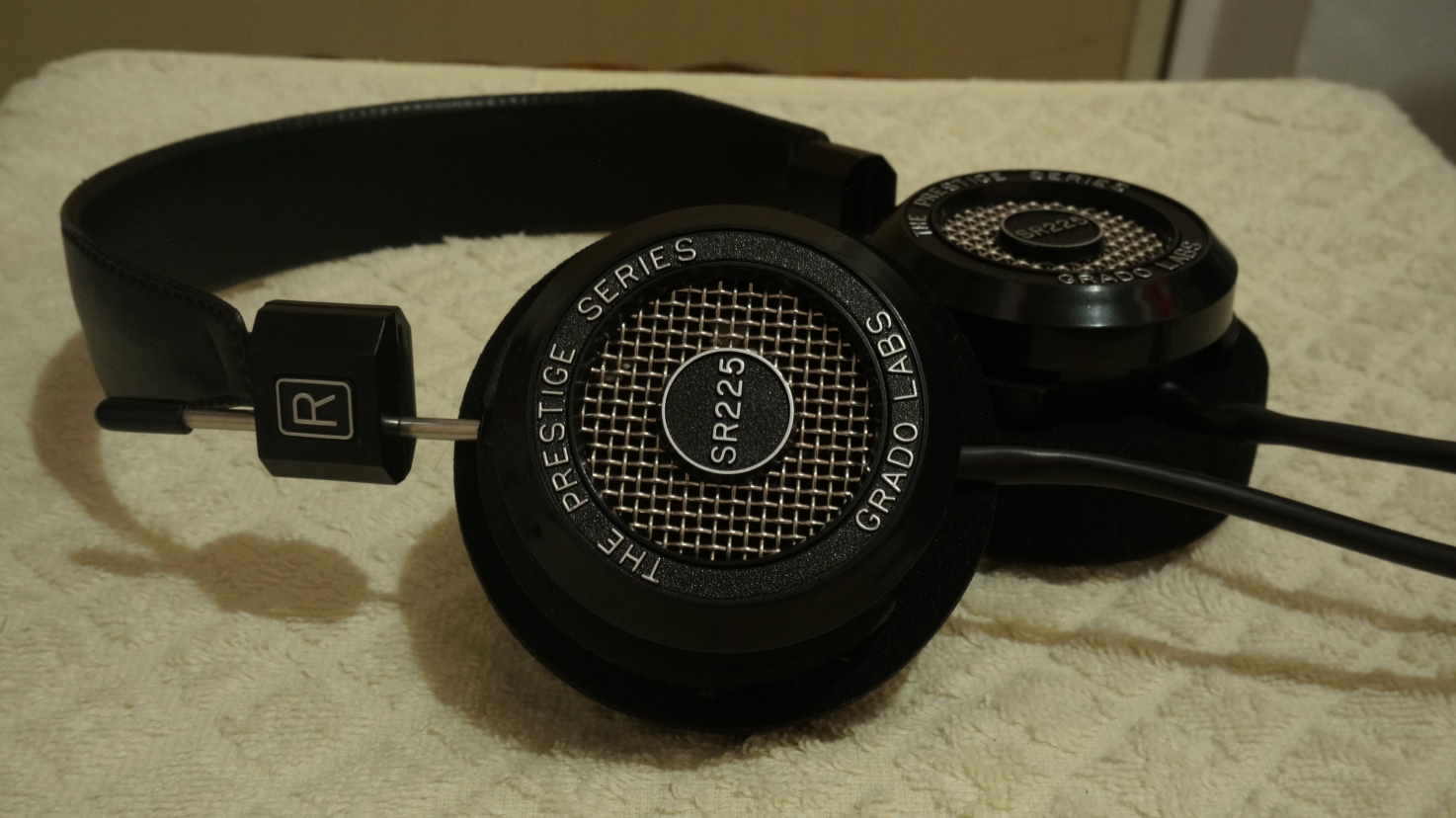 Grado SR225i headphone