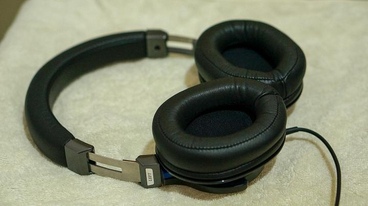 MSR7 earpads
