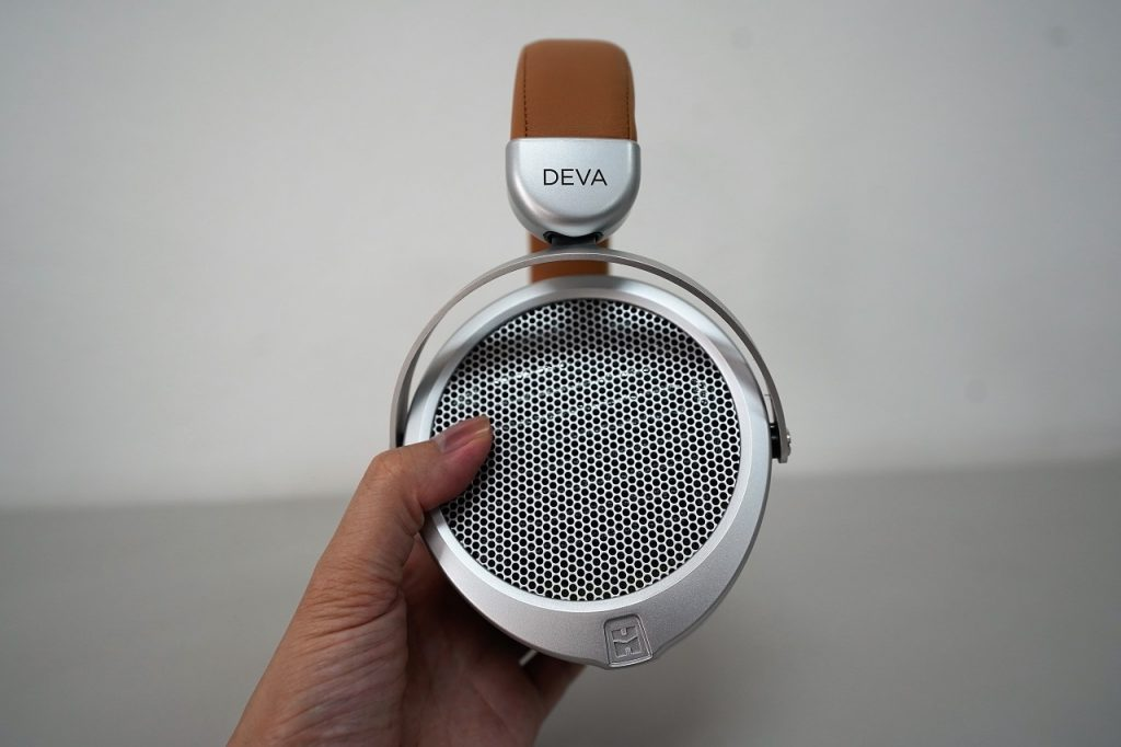Hifiman Deva sound