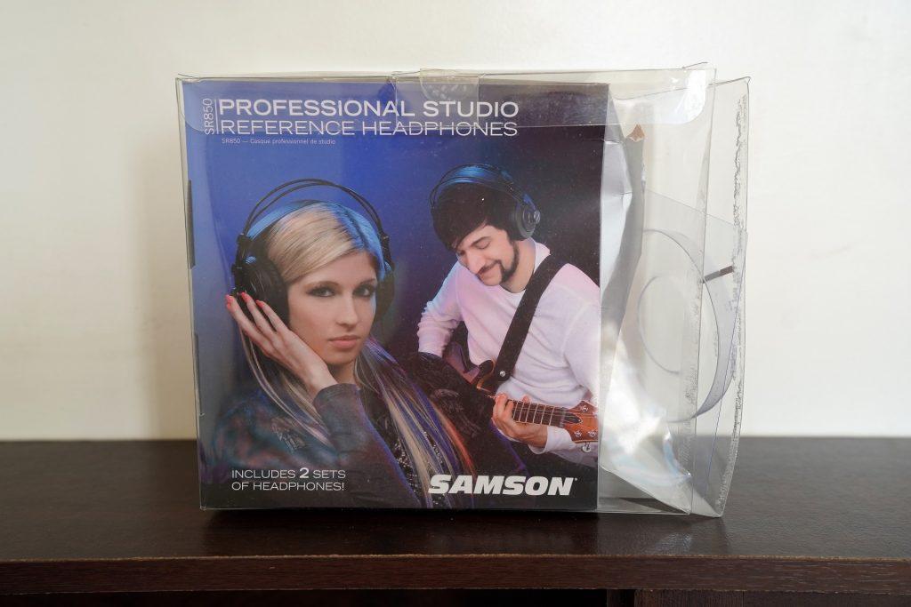 Samson SR850 box
